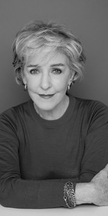 Patricia Hodge is an OBE!