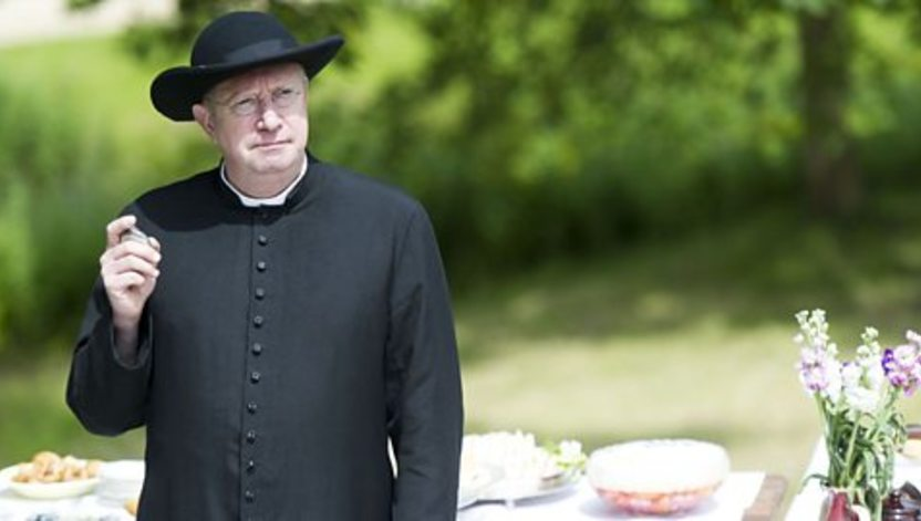 Mark Williams Stars in series four of Father Brown