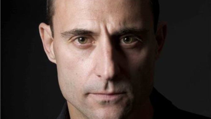 Mark Strong wins Best Actor at Olivier Awards 2015