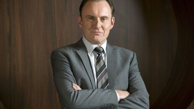 Robert Glenister in brand new Paranoid